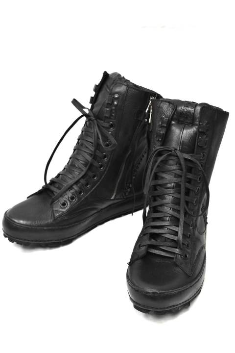 【SALE/現品限り】 Black Metal Leather sneaker
