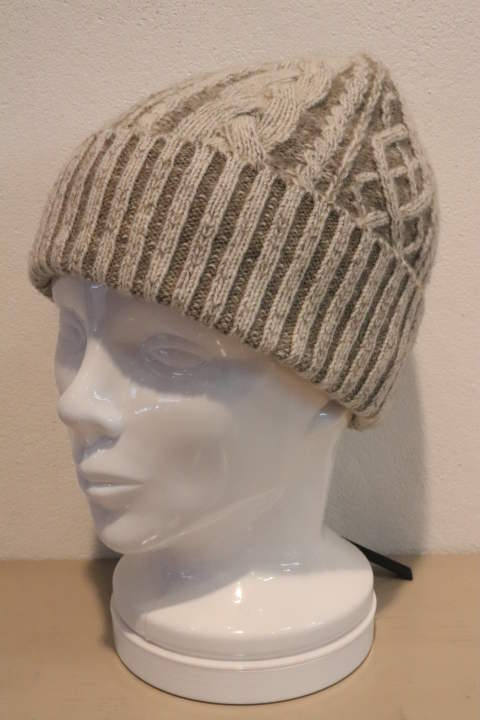plating cable knit cap/white×gray