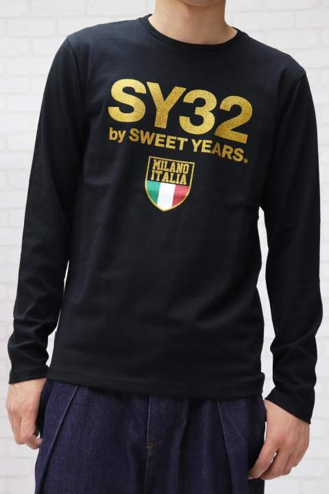 【SY32】GOLD EMBLEM GRAPHIC L/S TEE/BLACK
