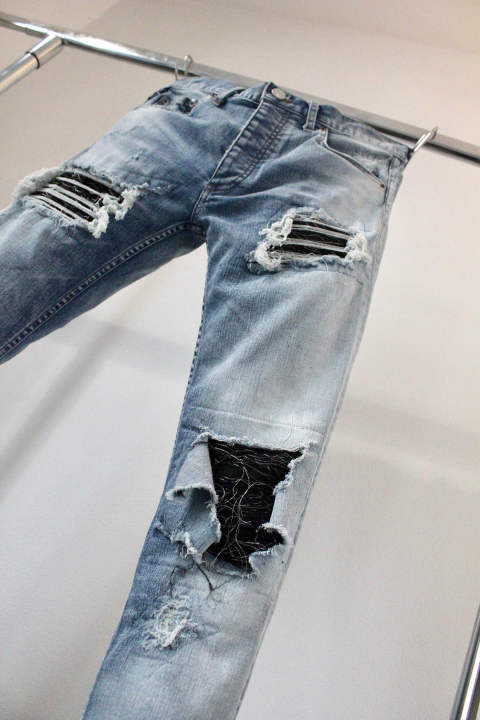 Scar crushed & white pigment blue with silver kimono jacquard denim